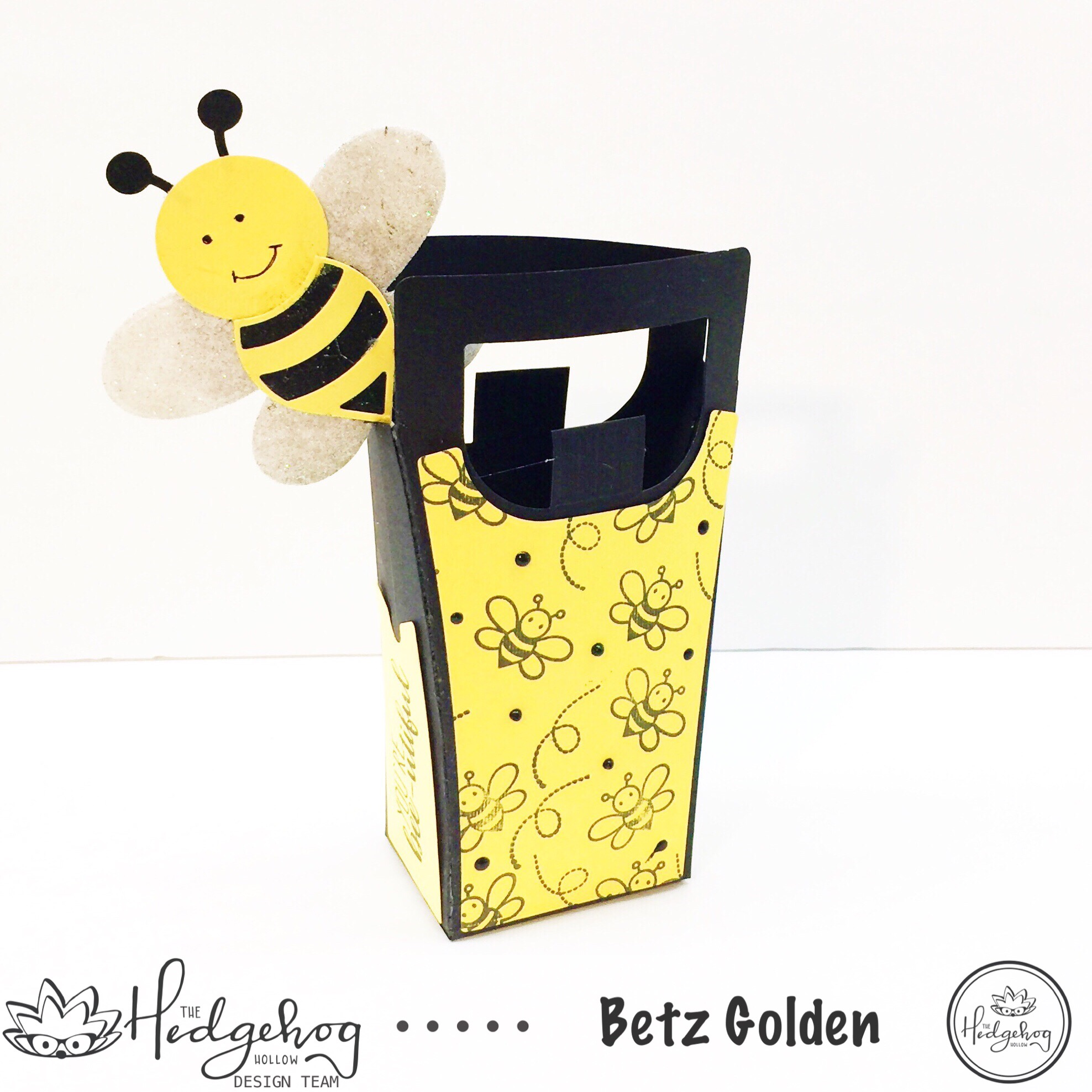 Treat Bags Fit for a Queen (Bee)
