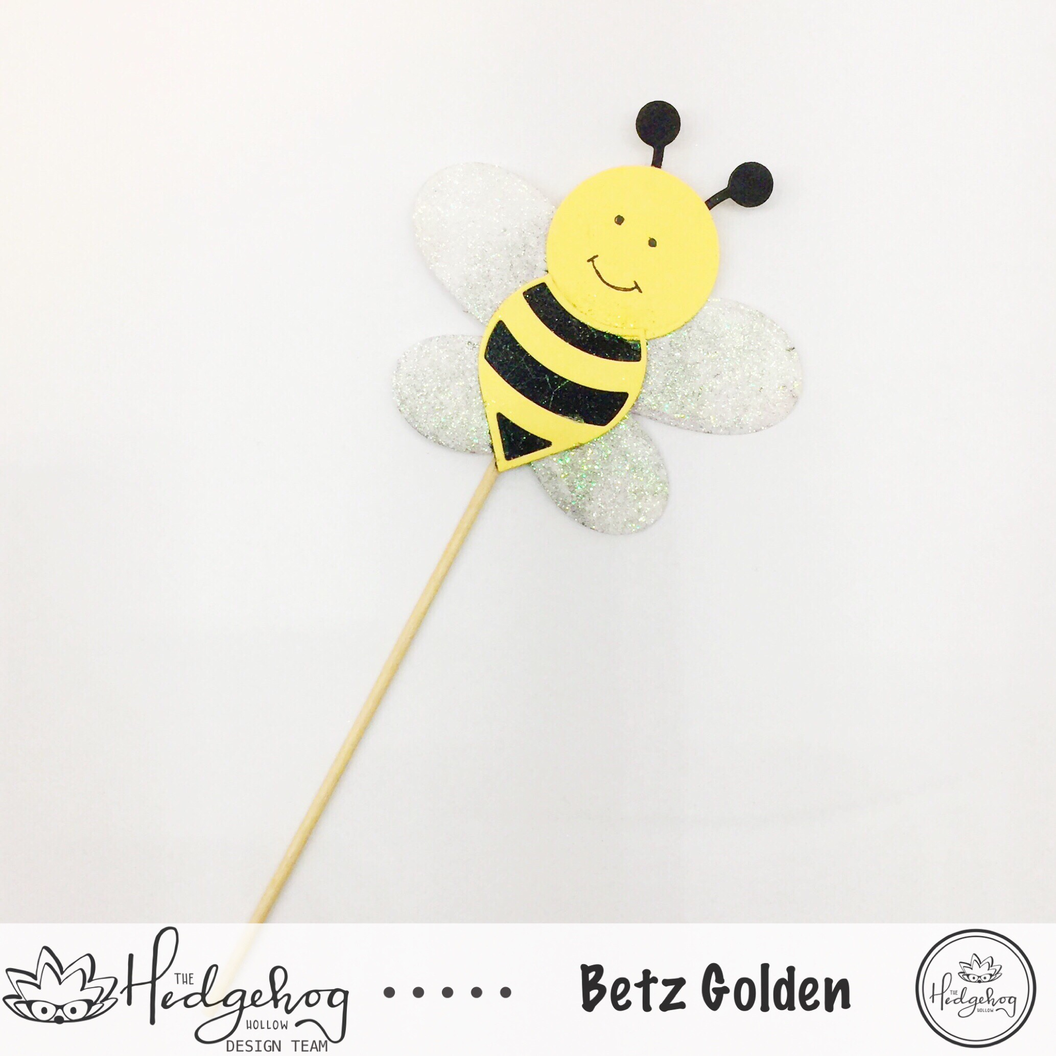 Cupcake Toppers Fit for a Queen Bee!